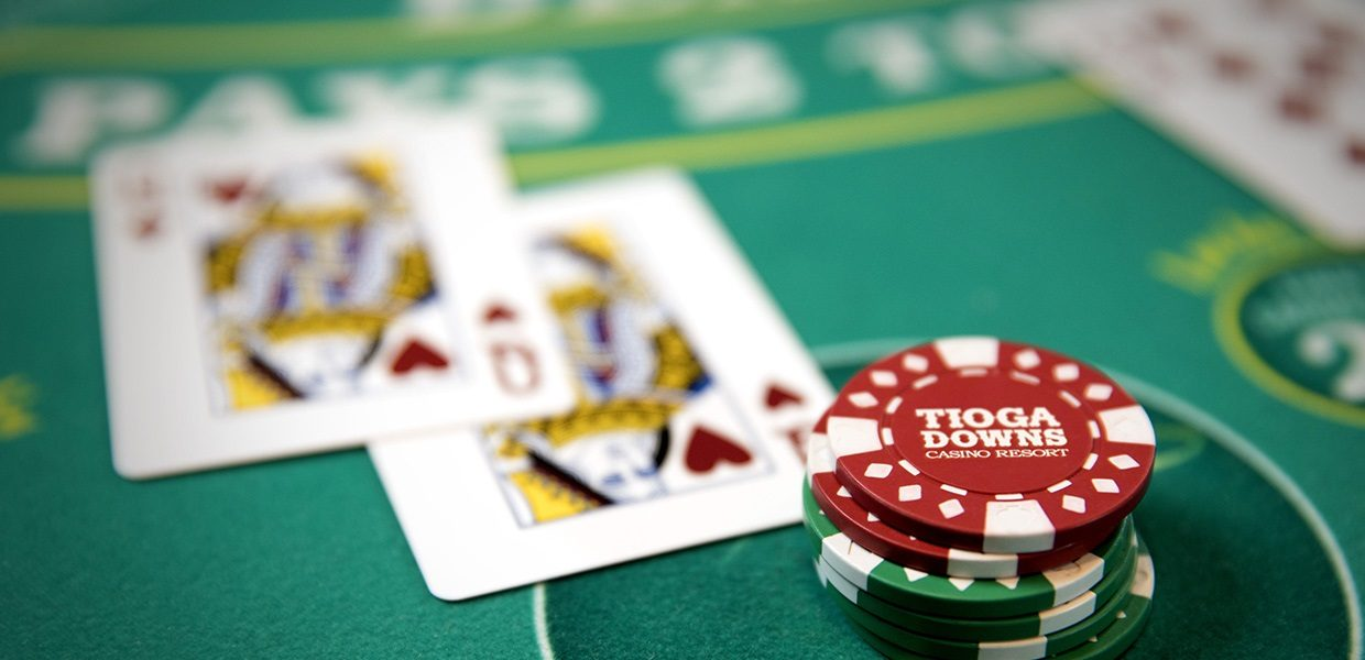 Do you pay taxes on casino table games